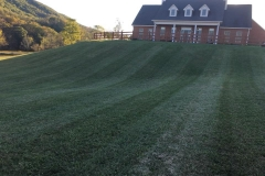 lawn maintenance Roanoke